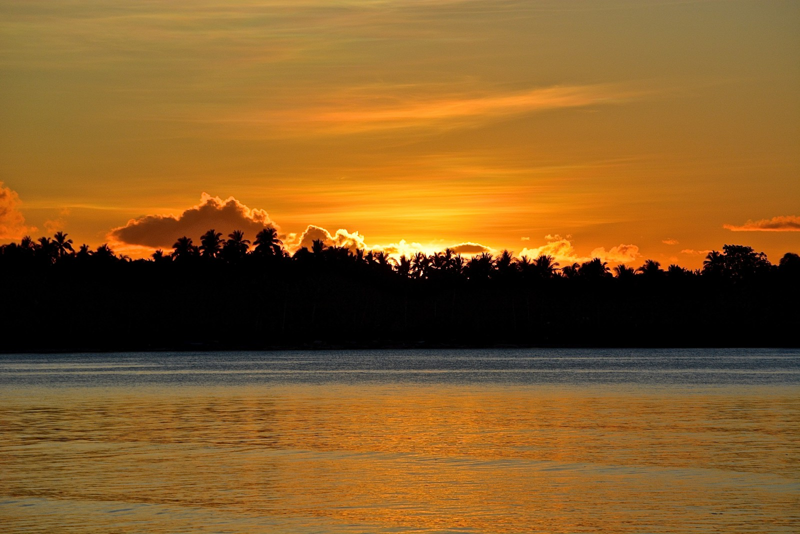 how to get to siargao island from manila